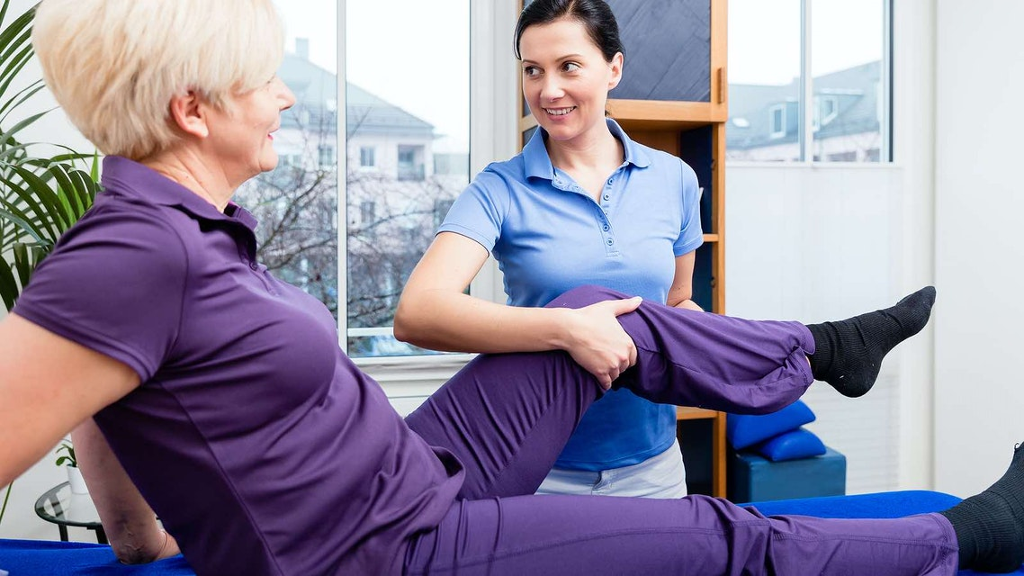 Where to have total knee replacement
